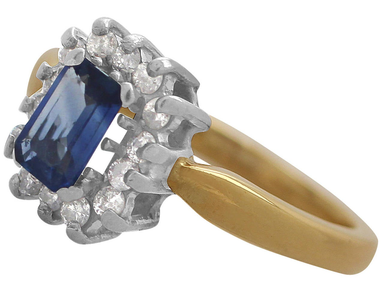 0.48Ct Sapphire & 0.35Ct Diamond, 18k Yellow Gold Cluster Ring - Vintage 4