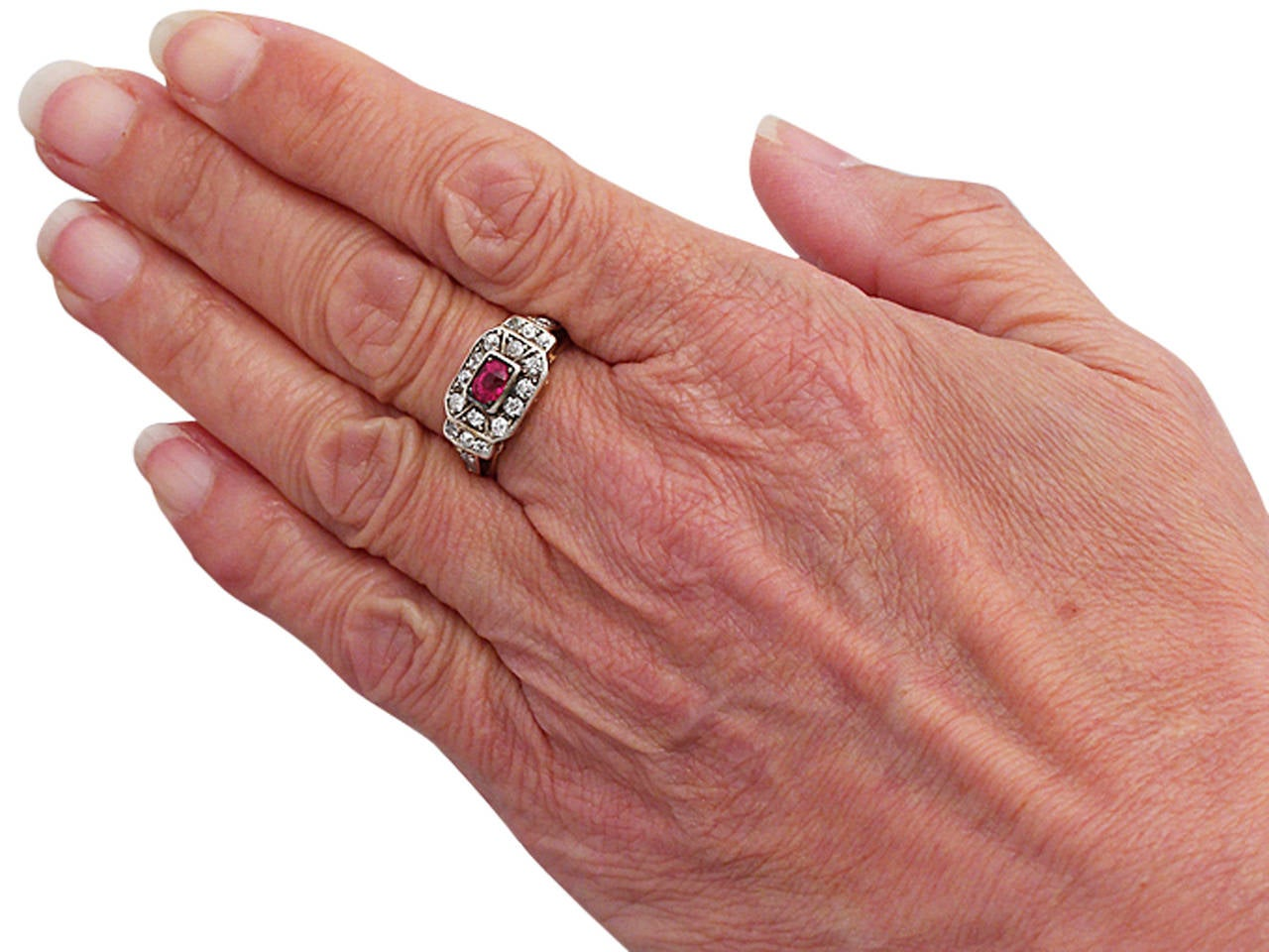 1930s Antique Ruby & Diamond Yellow Gold Cocktail Ring For Sale 2