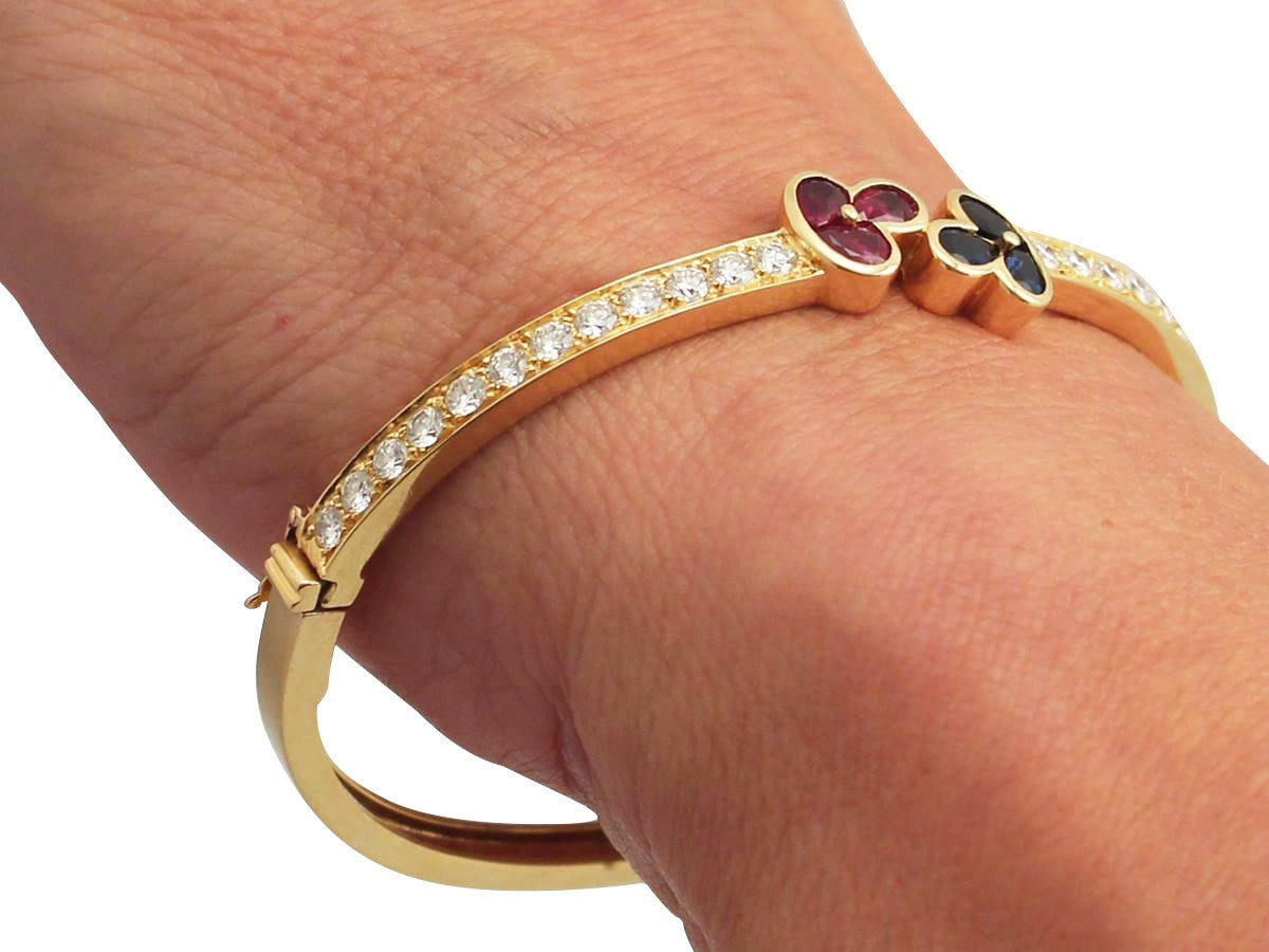 1.05Ct Ruby, 0.98Ct Sapphire & 2.16Ct Diamond, 18k Yellow Gold Bangle - Vintage For Sale 5