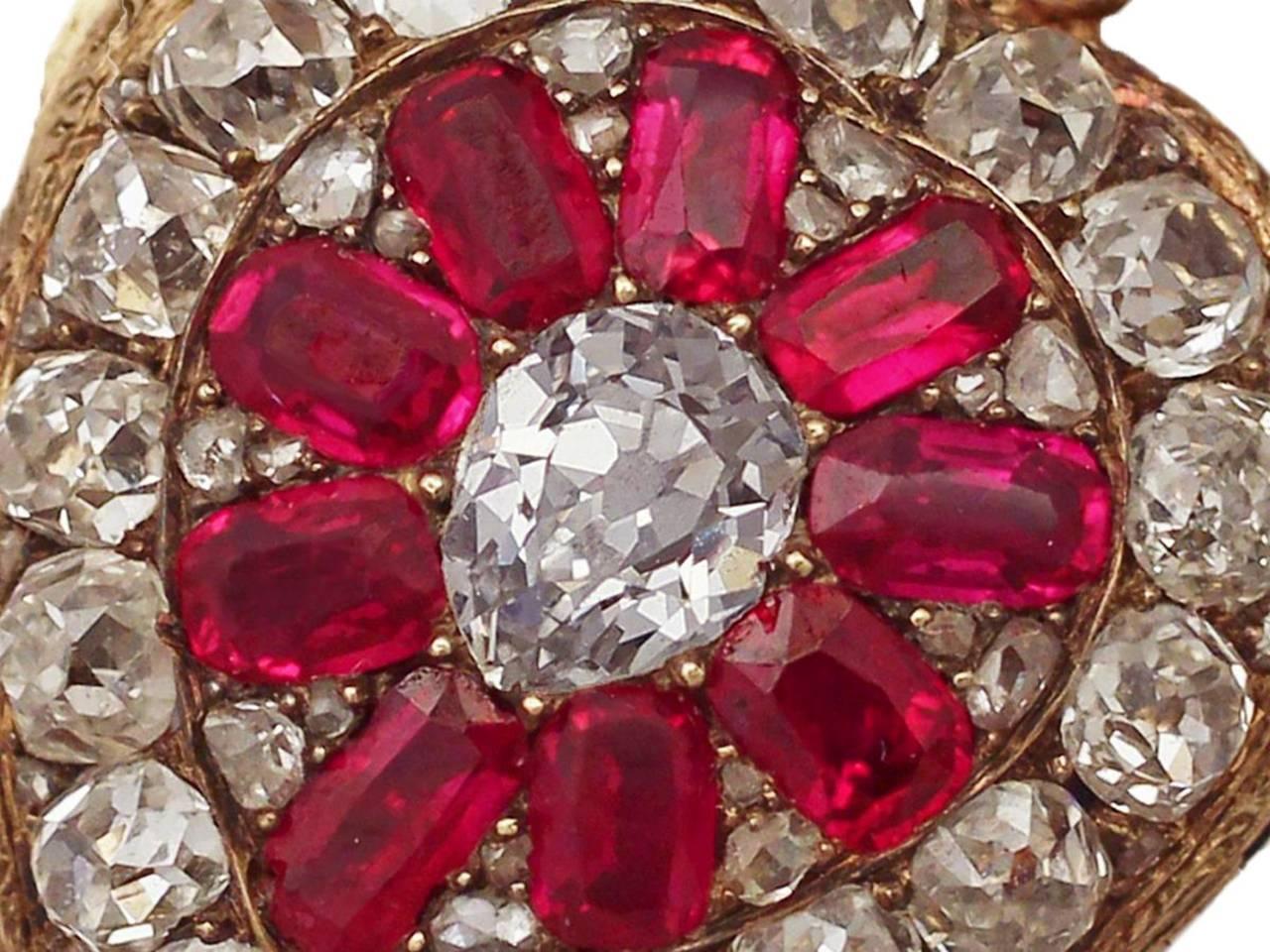1880s Synthetic Ruby 4.55 Carats Diamonds Gold Pendant Locket 4