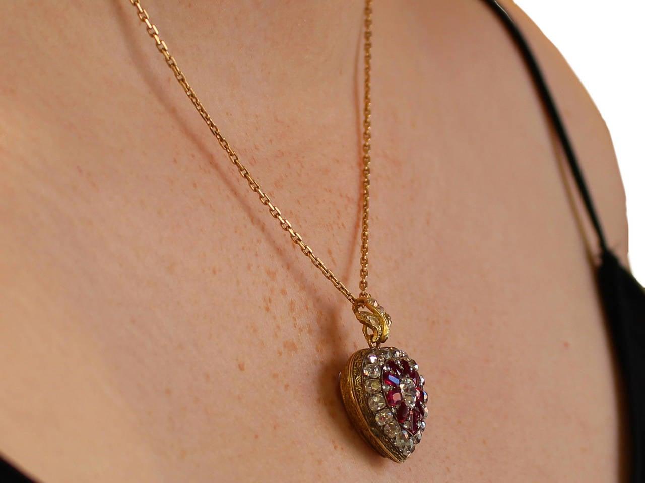1880s Synthetic Ruby 4.55 Carats Diamonds Gold Pendant Locket 9