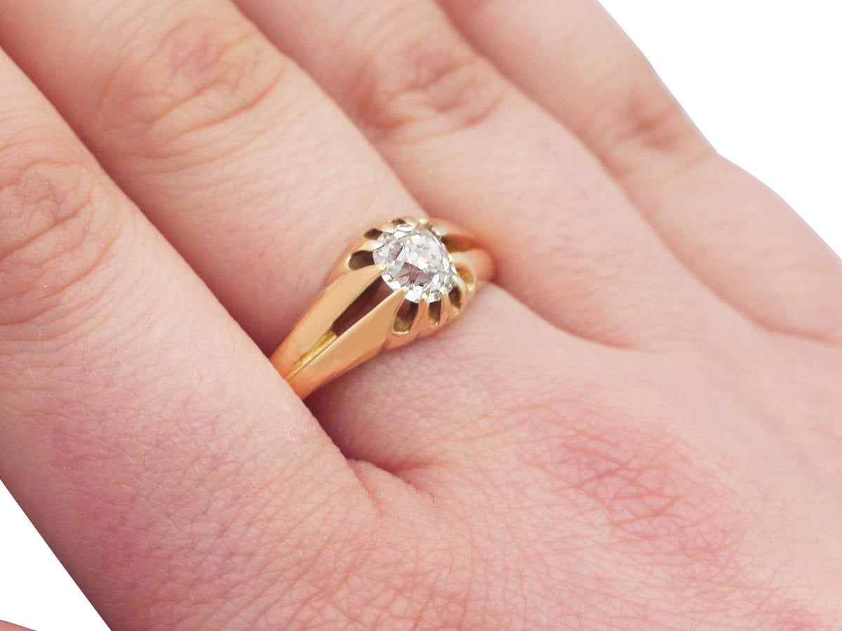 1900s Antique Diamond and Yellow Gold Ring For Sale at 1stdibs