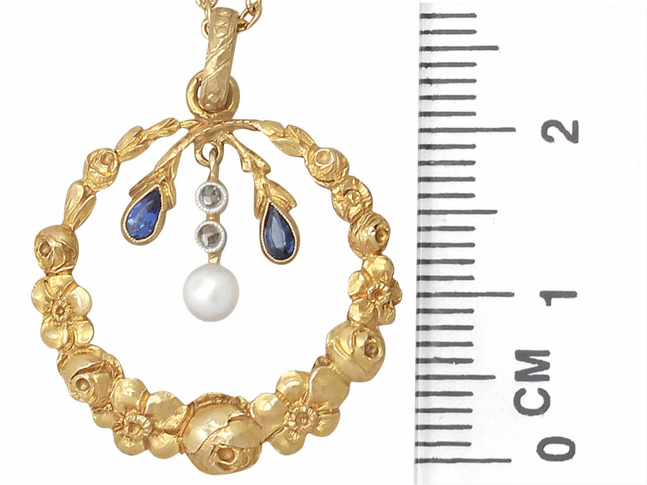 Pearl, 0.06Ct Sapphire and 0.04Ct Diamond, 14k Yellow Gold Pendant, Antique For Sale 2
