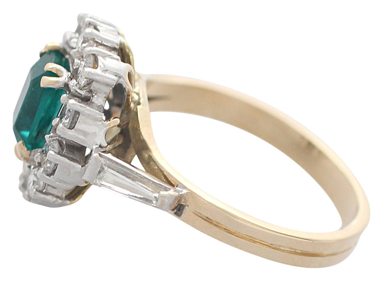 Women's 0.84Ct Emerald and 0.50Ct Diamond, 18k Yellow Gold Cluster Ring, Vintage For Sale
