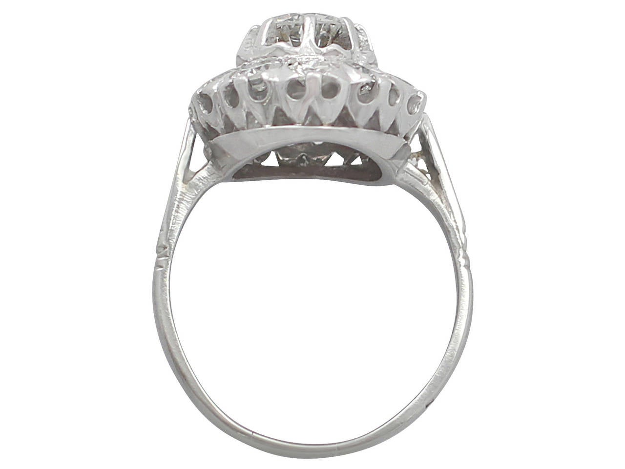Women's 1.35Ct Diamond and 18k White Gold Cluster Ring - Vintage Circa 1950 For Sale