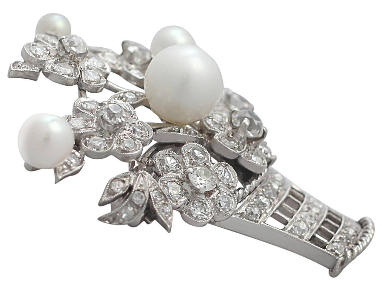2.81Ct Diamond and Pearl, 14k White Gold Brooch - Antique Circa 1900 2