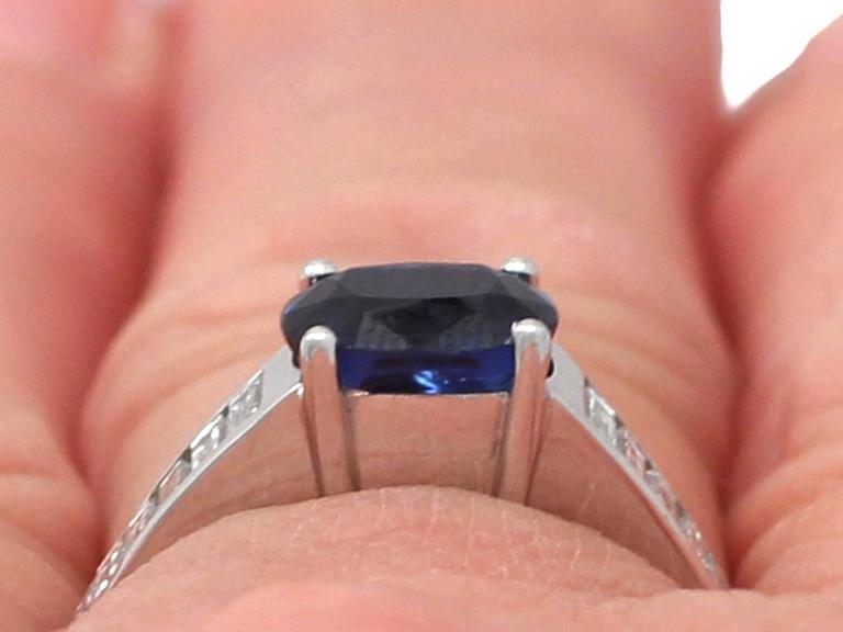 1990s 1.20Carat Sapphire & Diamond White Gold Cocktail Ring 9
