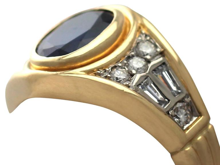 1950s 1.65 Carat Sapphire & Diamond Yellow Gold Cocktail Ring In Excellent Condition For Sale In Jesmond, Newcastle Upon Tyne