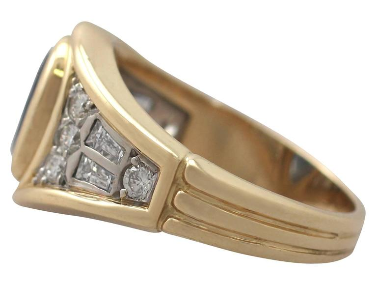 Women's or Men's 1950s 1.65 Carat Sapphire & Diamond Yellow Gold Cocktail Ring For Sale