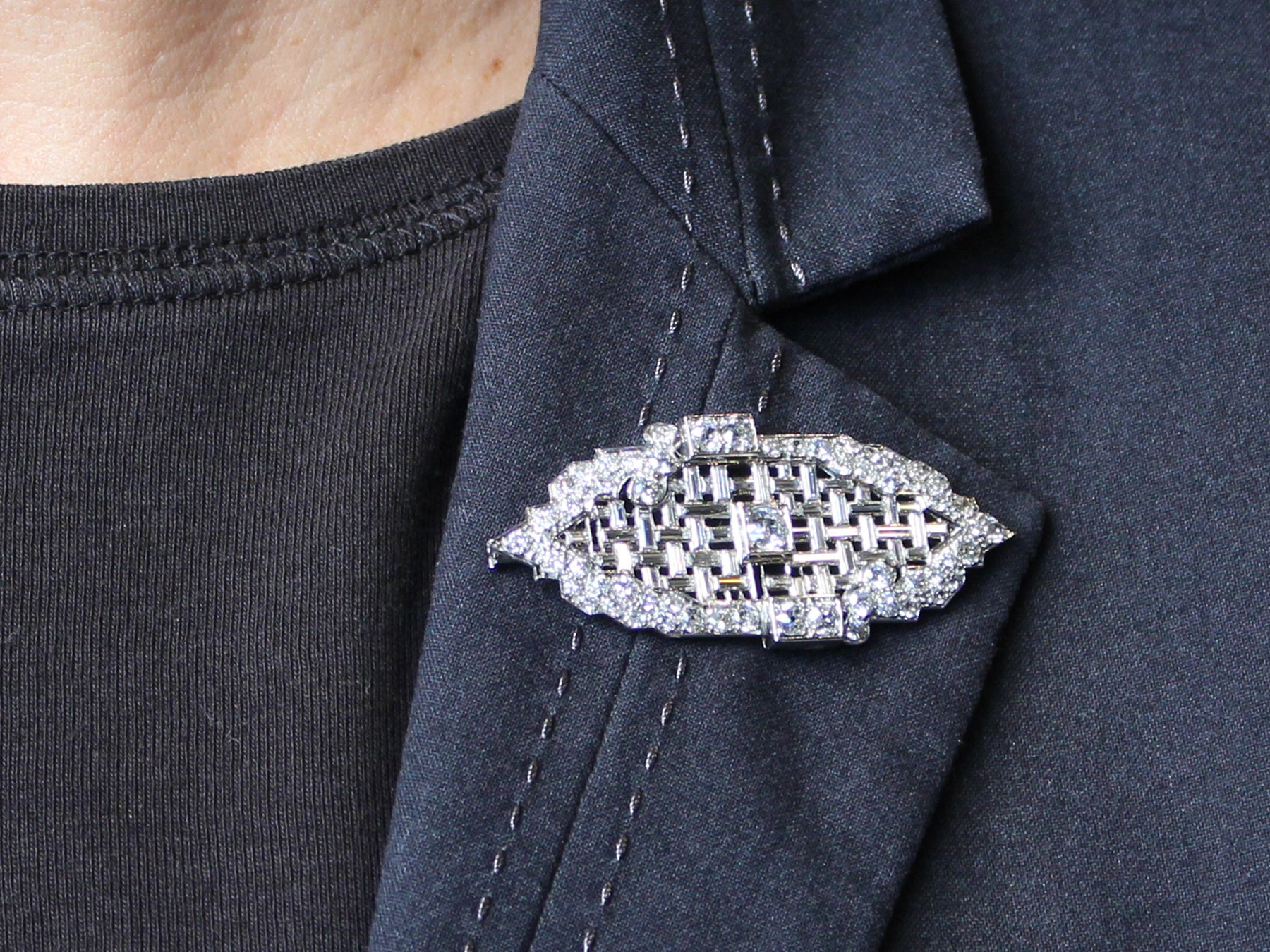 crystal views with edges de collar brooch medal lis center fleur more