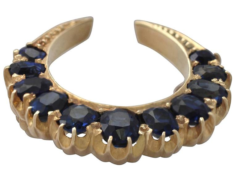2.91Ct Sapphire and 18k Yellow Gold Crescent Brooch - Antique Circa 1890 2