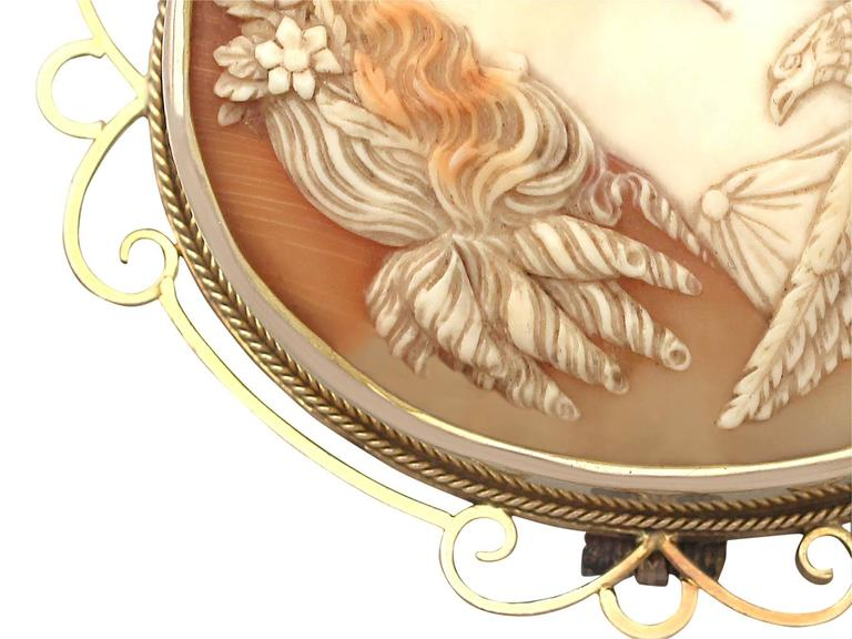 Carved Shell and 15k Yellow Gold Cameo Brooch - Antique Circa 1880 In Excellent Condition For Sale In Jesmond, GB