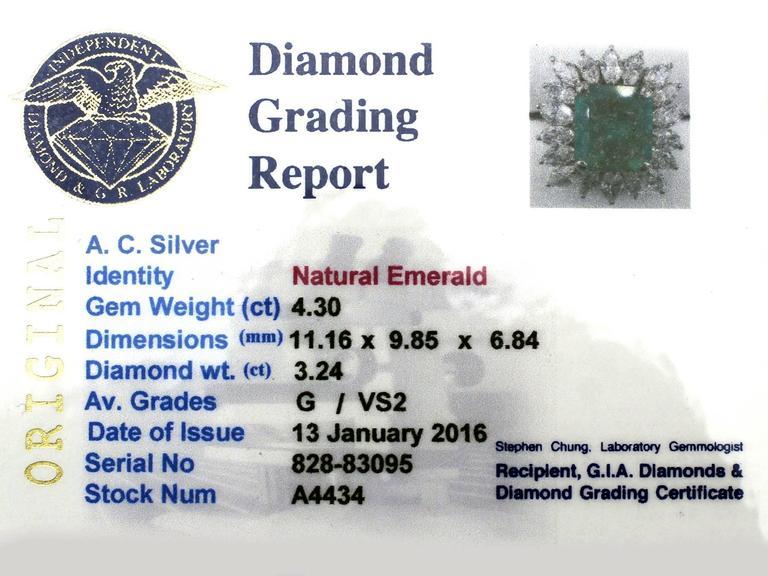 1990s 4.30 Carat Emerald Diamonds Gold Cluster Ring 6