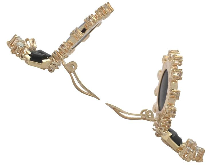 1.40Ct Diamond and Onyx, 14k Yellow Gold Drop Earrings - Vintage Circa 1950 In Excellent Condition For Sale In Jesmond, Newcastle Upon Tyne