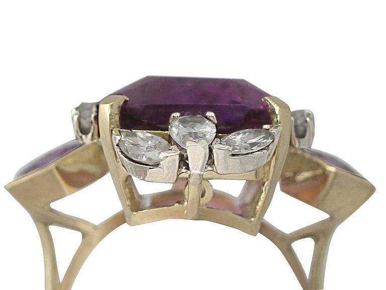 1970s 21.82 Carat Amethyst 1.59 Carats Diamonds Gold Cocktail Ring 2