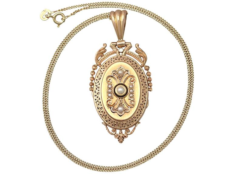 Pearl and Enamel, 18k Yellow Gold Locket/Pendant - Antique French Circa 1880 2