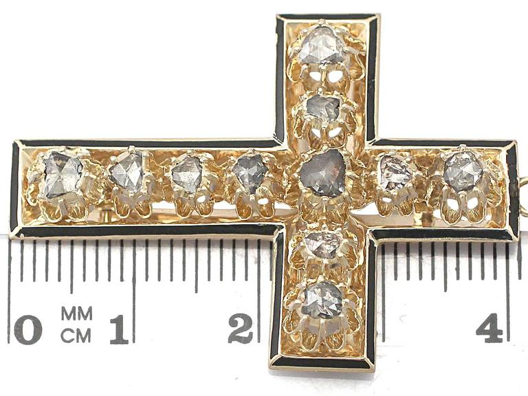 1.42Ct Diamond & Black Enamel, 14k Yellow Gold Cross Pendant - Antique Victorian For Sale 2