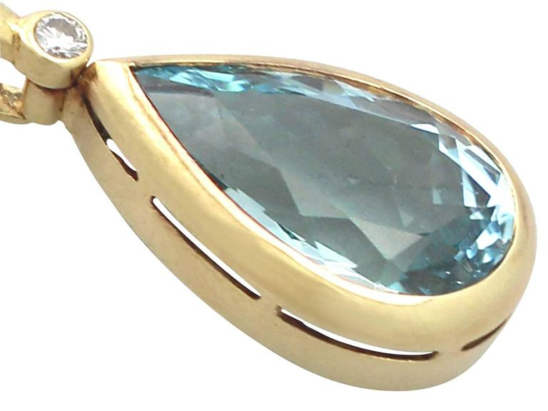 1970s 6.04 Carat Aquamarine Diamond Gold Pendant 3