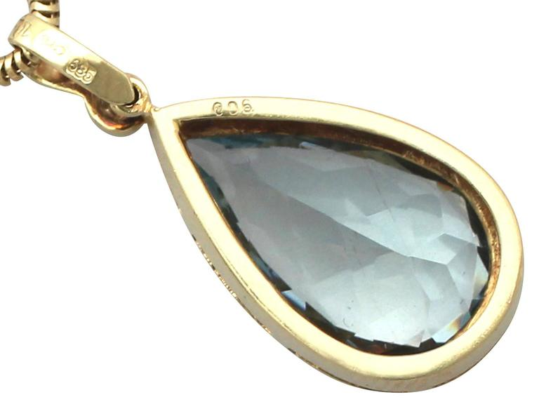 1970s 6.04 Carat Aquamarine Diamond Gold Pendant 5
