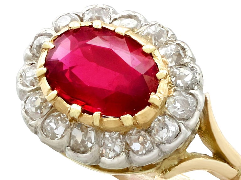 Antique 1.50 Carat Ruby Diamond Yellow Gold Cluster Ring In Excellent Condition For Sale In Jesmond, Newcastle Upon Tyne