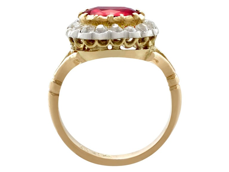 Antique 1.50 Carat Ruby Diamond Yellow Gold Cluster Ring For Sale 1