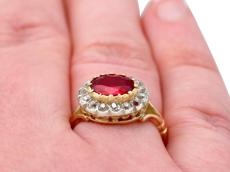 Antique 1.50 Carat Ruby Diamond Yellow Gold Cluster Ring For Sale 5