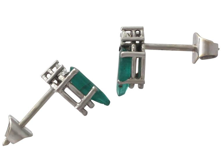 1.04Ct Emerald & 0.05Ct Diamond, 18k White Gold Stud Earrings - Vintage For Sale 1