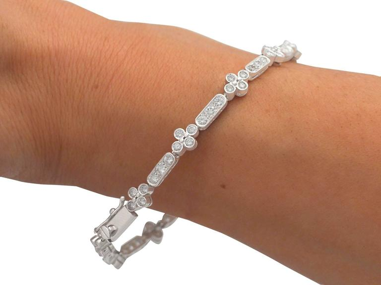 1990s 3.30 ct Diamond and 18k White Gold Bracelet For Sale 4