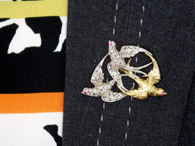 Victorian Diamond and Yellow Gold Silver Set Swallow Brooch  For Sale 4
