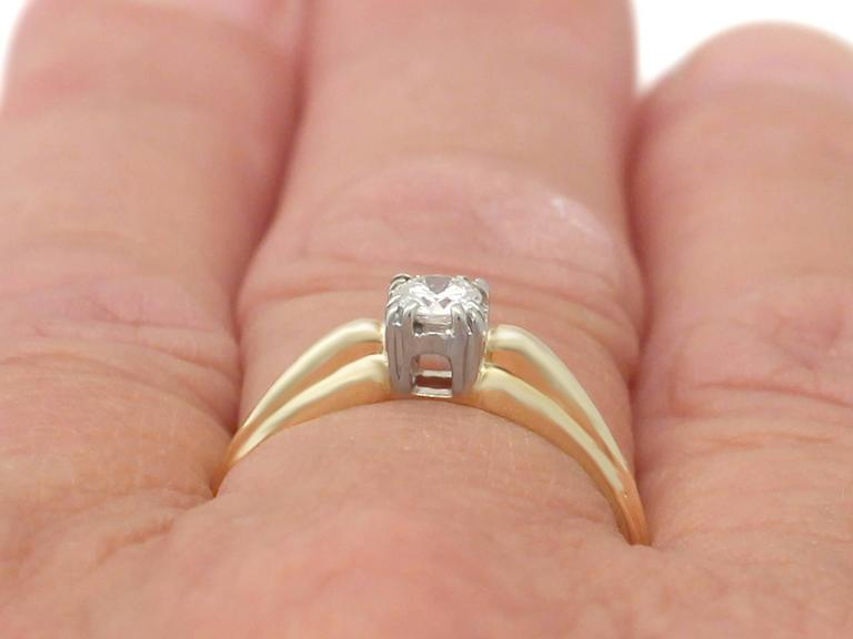 0.28Ct Diamond and 14k Yellow Gold Solitaire Ring - Vintage Circa 1990 For Sale 4