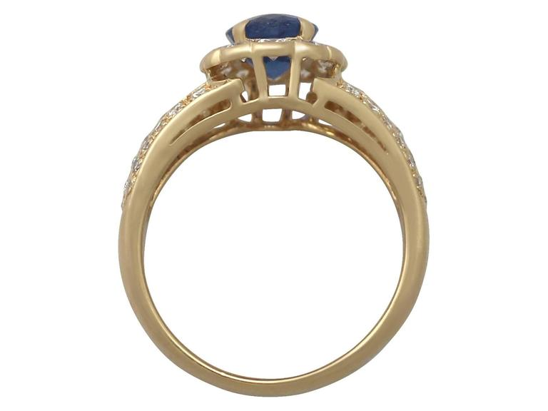 Women's 1980s 1.50 Carat Sapphire and Diamond Yellow Gold Cocktail Ring For Sale