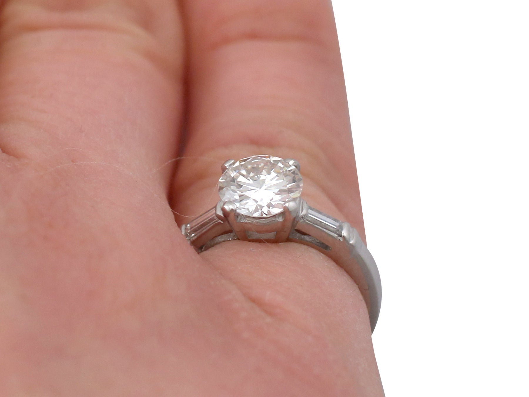 1950s 1.07 Carat Diamond and Platinum Solitaire Engagement Ring For ...