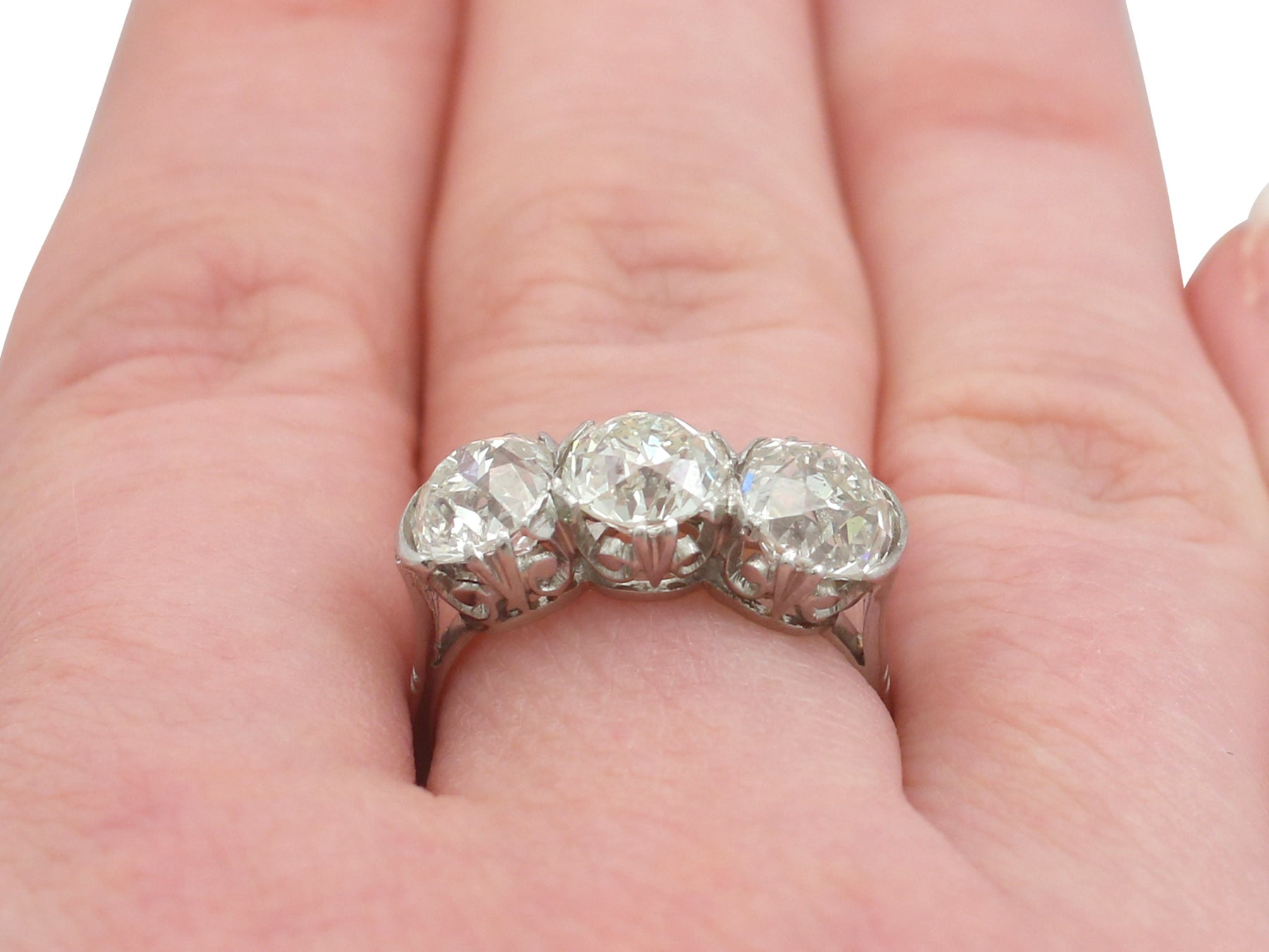 Antique 4.81 Carat Diamond Gold Trilogy Ring For Sale at 1stdibs