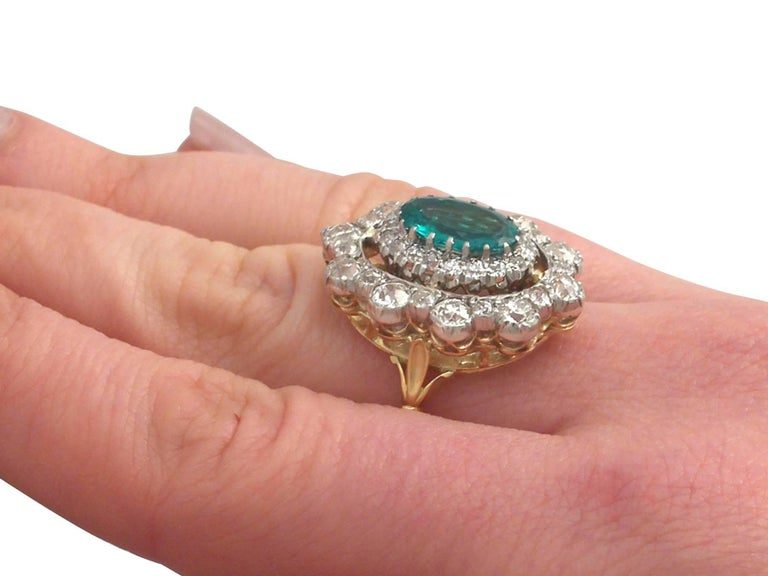 1930s 3.12 Carat Emerald and 3.15 Carat Diamond Yellow Gold Cocktail Ring For Sale 4