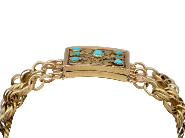 A stunning antique George IV turquoise and 18 karat yellow gold bracelet with a mourning locket clasp; part of our diverse antique jewelry and estate jewelry collections .  This stunning, fine and impressive mourning bracelet has been crafted in 18