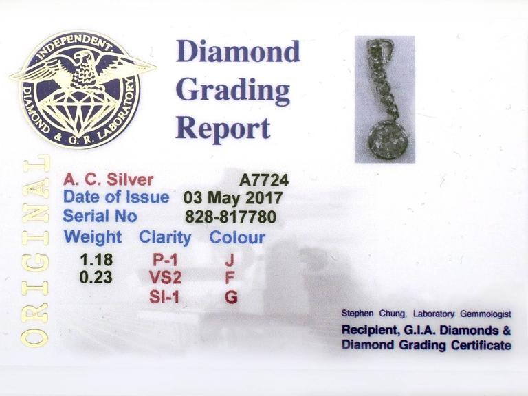 Antique French 1.41 Carat Diamond and Platinum Drop Pendant, circa 1920 For Sale 3