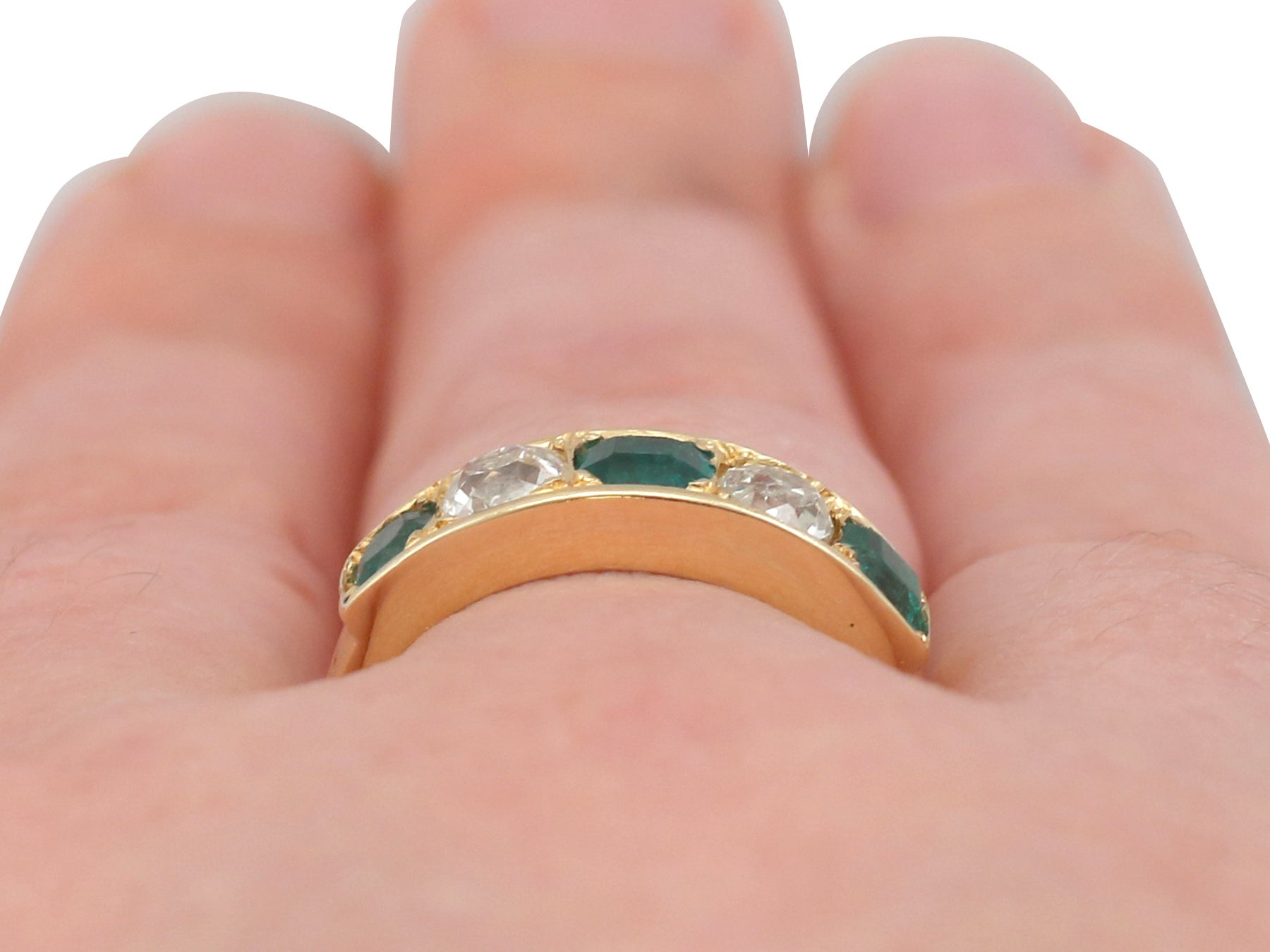 1920s Antique Emerald and Diamond Yellow Gold Ring For Sale at 1stdibs