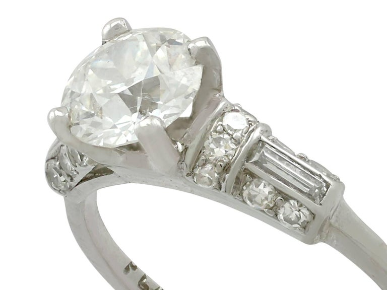 1940s 1.09 Carat Diamond and Platinum Solitaire Ring In Excellent Condition For Sale In Jesmond, GB