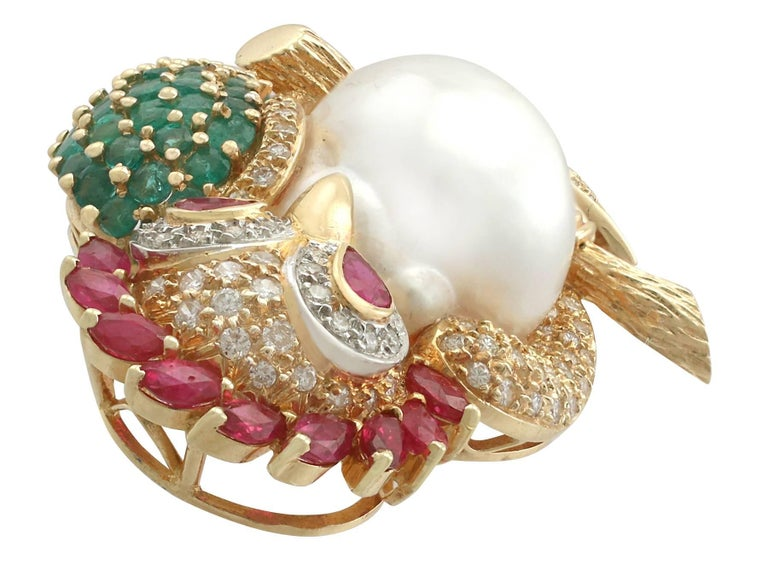 1980s Pearl 1.76 Carat Ruby 1.30 Carat Emerald & 1.15 Carat Diamond Gold Brooch In Excellent Condition For Sale In Jesmond, Newcastle Upon Tyne
