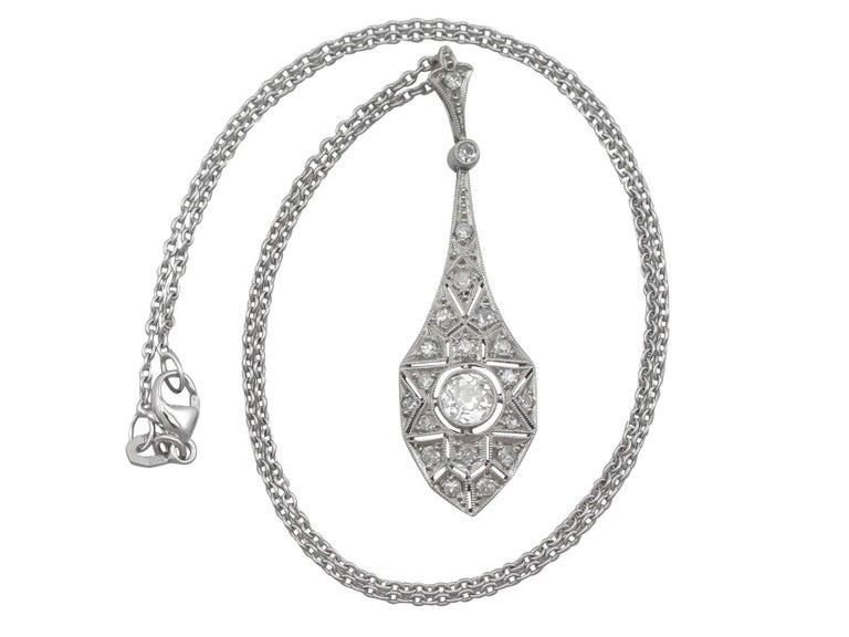 1920s Art Deco 0.94 Carat Diamond 18 Karat White Gold Pendant 2