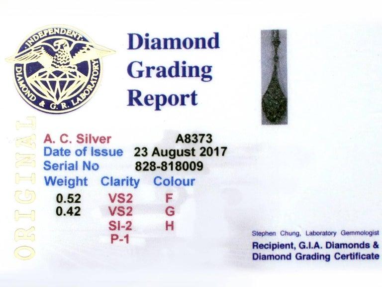 1920s Art Deco 0.94 Carat Diamond 18 Karat White Gold Pendant For Sale 3