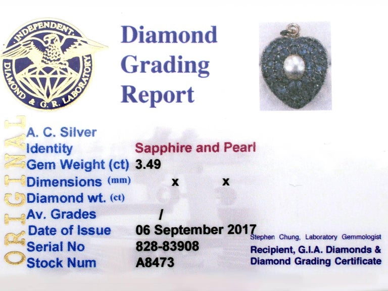 Antique Pearl and 3.49 Carat Sapphire 18 Karat Yellow Gold Heart Locket 7