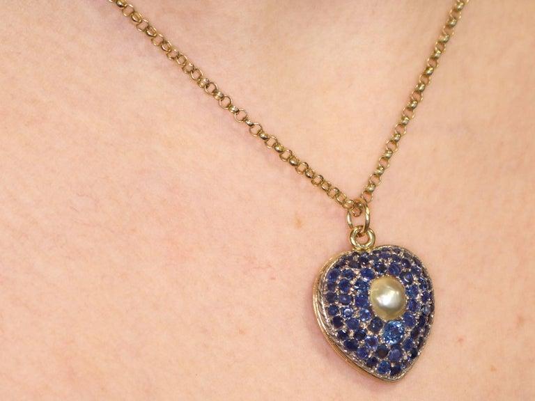 Antique Pearl and 3.49 Carat Sapphire 18 Karat Yellow Gold Heart Locket 9