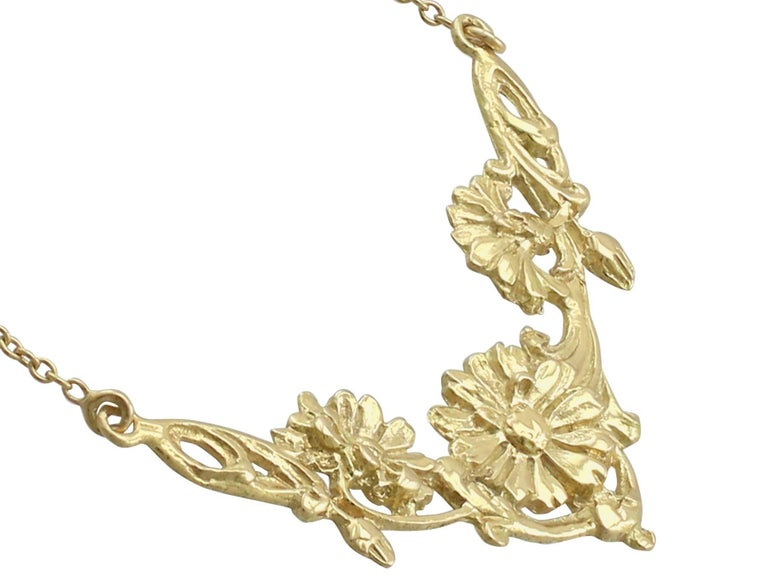 1920s Antique French Yellow Gold Necklace In Excellent Condition For Sale In Jesmond, Newcastle Upon Tyne