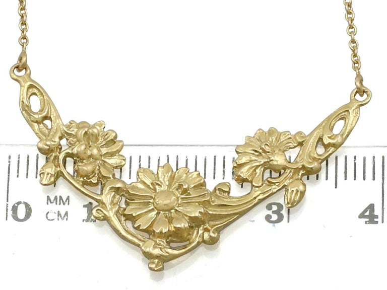1920s Antique French Yellow Gold Necklace For Sale 3