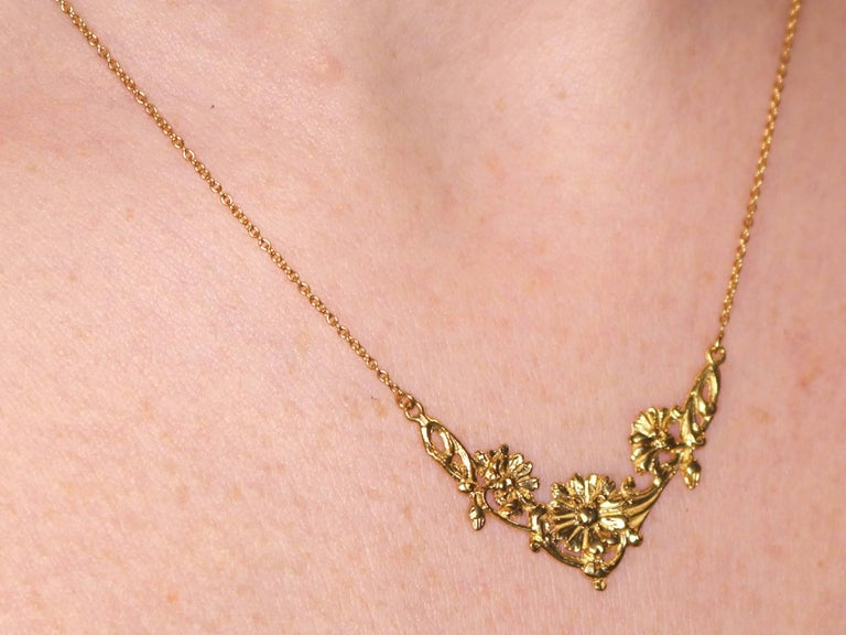1920s Antique French Yellow Gold Necklace For Sale 5