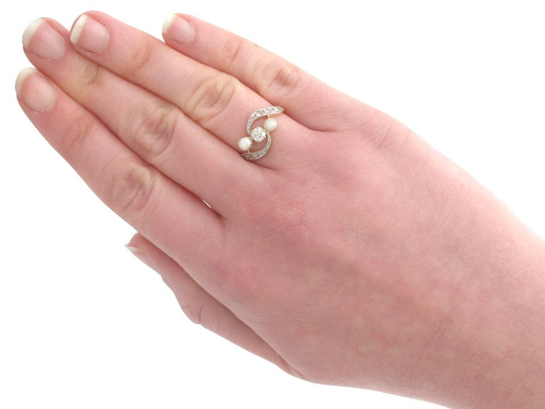 1920s Antique Pearl and Diamond Yellow Gold Twist Ring For Sale 2