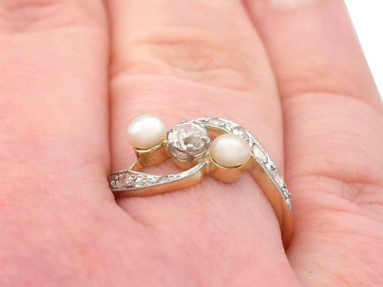 1920s Antique Pearl and Diamond Yellow Gold Twist Ring For Sale 4
