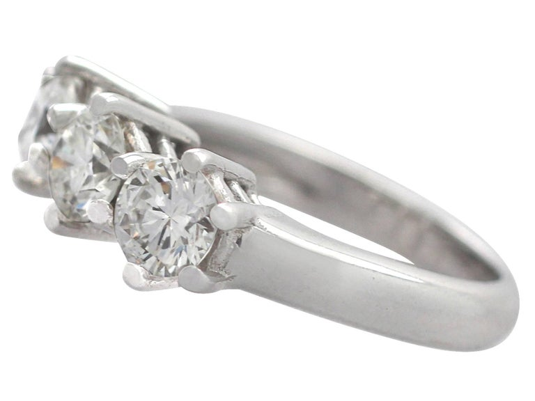 1980s 1.18 Carat Diamond and 18 Karat White Gold Trilogy Ring In Excellent Condition For Sale In Jesmond, GB