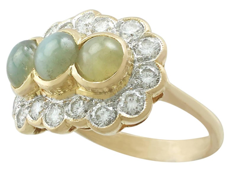 1970s 2.19 ct Chrysoberyl and Diamond 18k Yellow Gold Dress Ring In Excellent Condition For Sale In Jesmond, GB